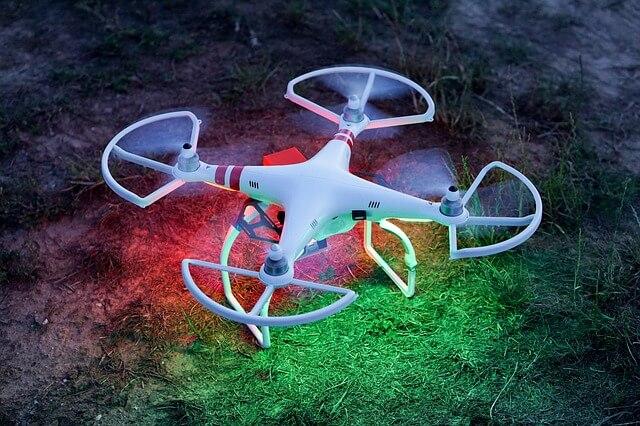 kolorowy dron